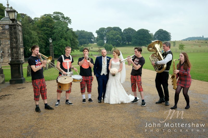 Wedding band with bride and groom