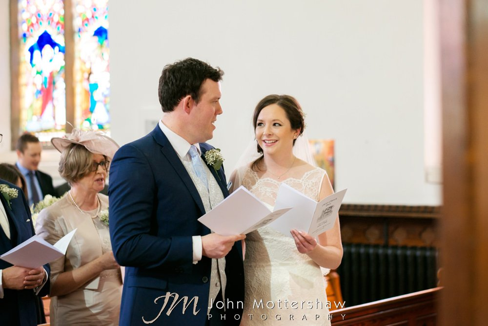 Informal and natural wedding photography in Chesterfield