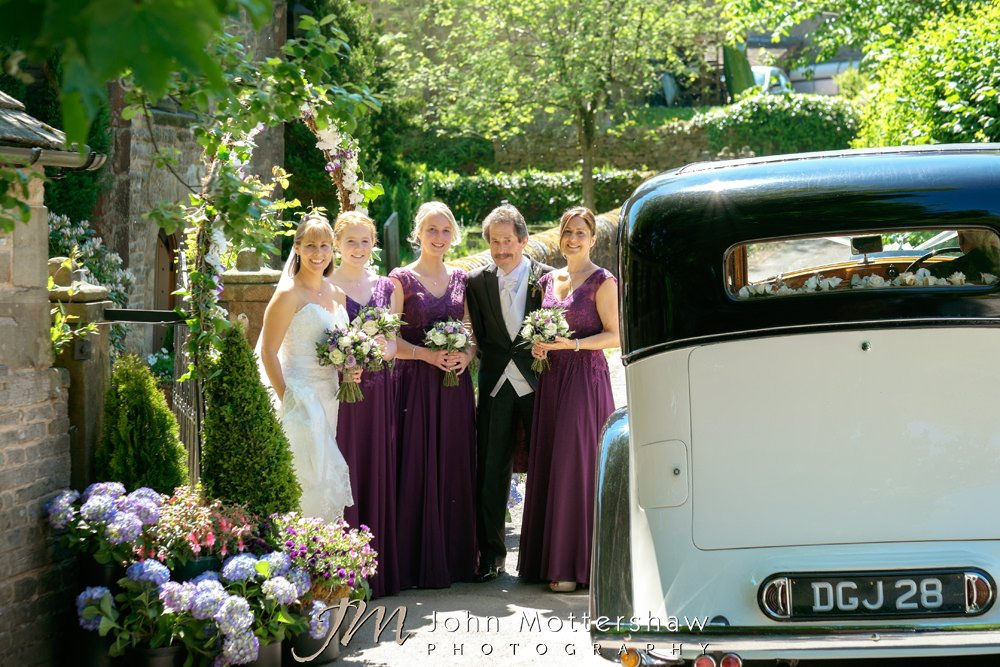 Informal and relaxed wedding photography in Sheffield