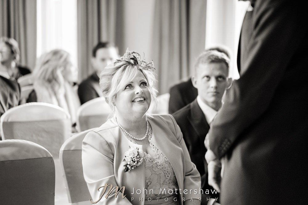 Reportage wedding photographer in Sheffield